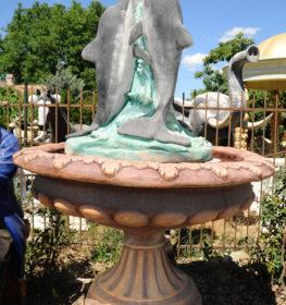 Фонтан «Три дельфина в царской чаше №1», купить в Крыму и Севастополе