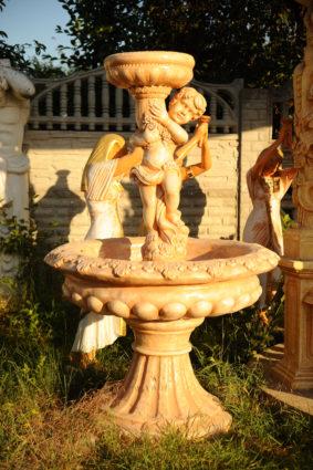 Фонтан  «мальчик с чашей», купить в Крыму и Севастополе