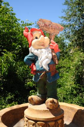 Фигура «Гном welcome», купить в Крыму и Севастополе