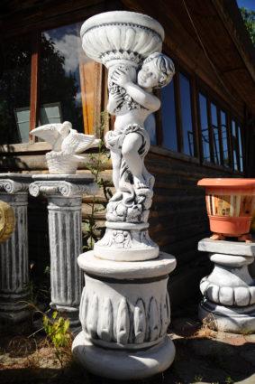 Фигура «Мальчик с вазой», купить в Крыму и Севастополе