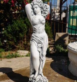 Фигура «Девушка в цветах», купить в Крыму и Севастополе