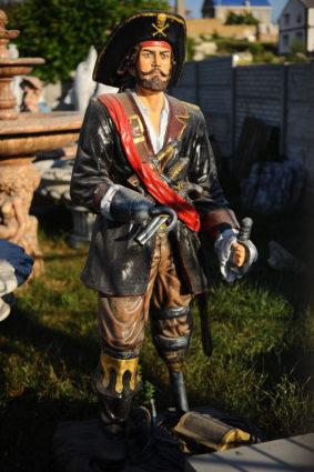 Фигура «Пират», купить в Крыму и Севастополе