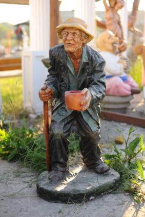 Фигура «Нищий», купить в Крыму и Севастополе