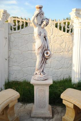 Фигура «Девушка с кувшинами», купить в Крыму и Севастополе